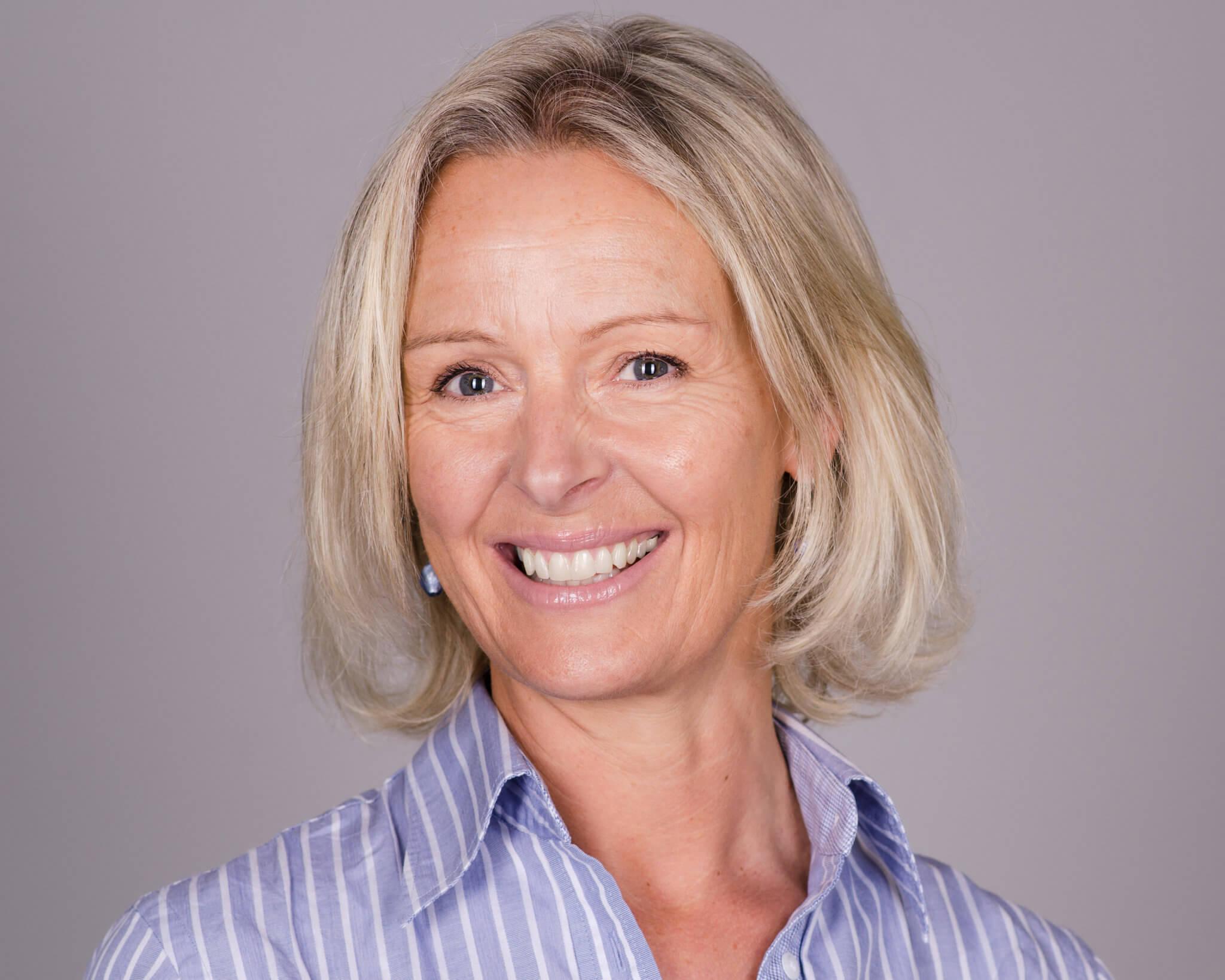 Cathy Amos